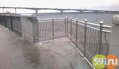 Началась установка смотровых балконов нанабережной Перми