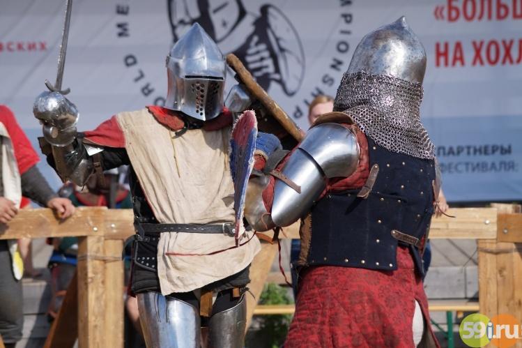 турнир по средневековым боям FirstClass